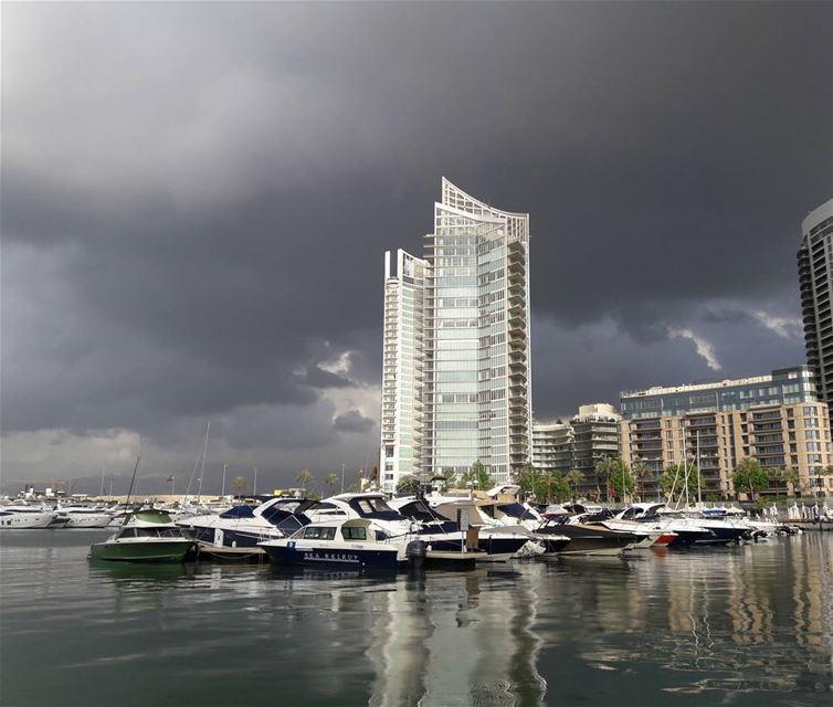 Beirut under dark clouds attack.. tb last week beirut Beautiful view... (Zaitunay Bay)