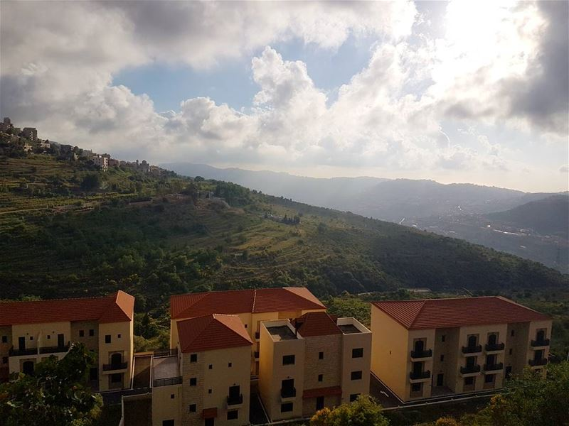 Home...is where the heart is ig_lebanon insta_lebanon insta_jezzine ... (Bhamdoûn, Mont-Liban, Lebanon)