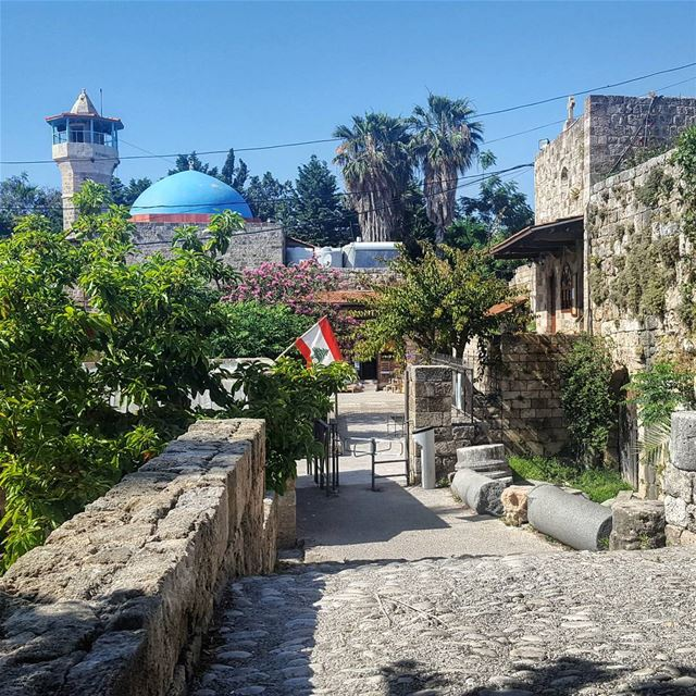 "⛪🇱🇧🕌 ""I can do things you cannot, you can do things I cannot; together... (Byblos, Lebanon)"