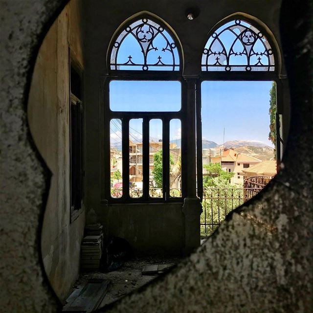 A peak into the old beauties of marjeyoun Lebanon tb travel travelgram... (Marjayoûn, Al Janub, Lebanon)