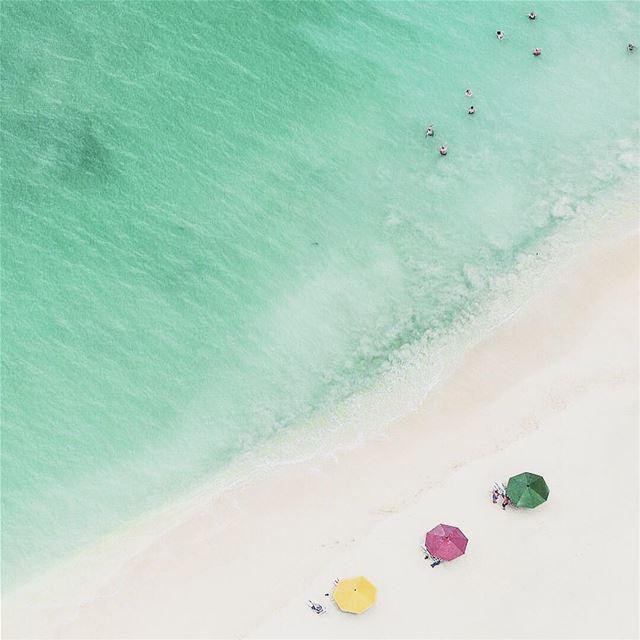 Sunday Vibes. 🌈🌊☂️ drone beach BirdView Sand Blue ............