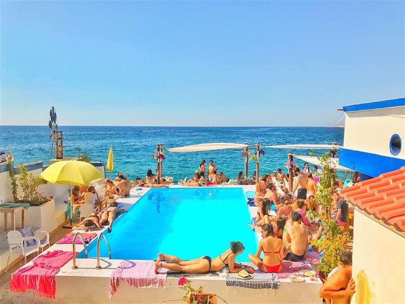 anfeh ta7telri7 chezfouad saturday sunnydays summer summer2k17 ... (Chez Fouad)