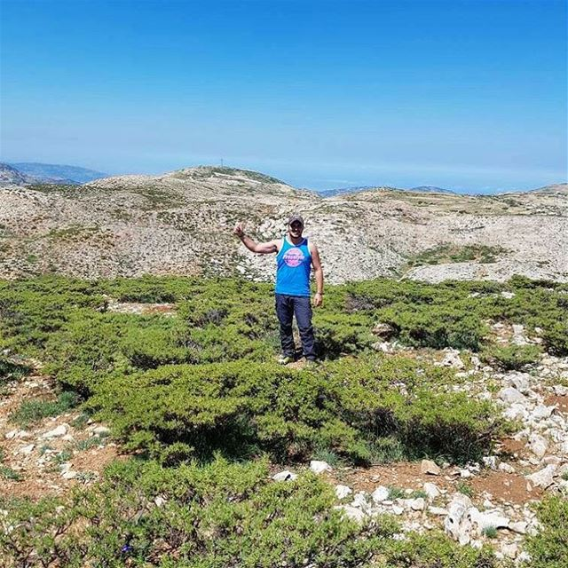 Start your week with a 12k hike faraya farayalovers lebanon ... (Faraya, Mont-Liban, Lebanon)