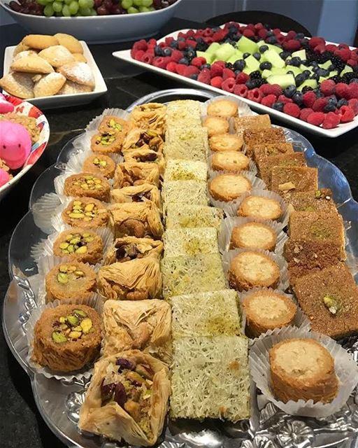 Sobremesa à moda libanesa para adoçar a semana 🇱🇧 Lebanese stylish...