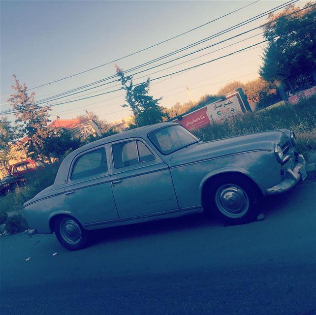 Classic car 🚗 😍😍 onlyfiliban lebanon baakline chouf beirut ... (Baakline, Mont-Liban, Lebanon)