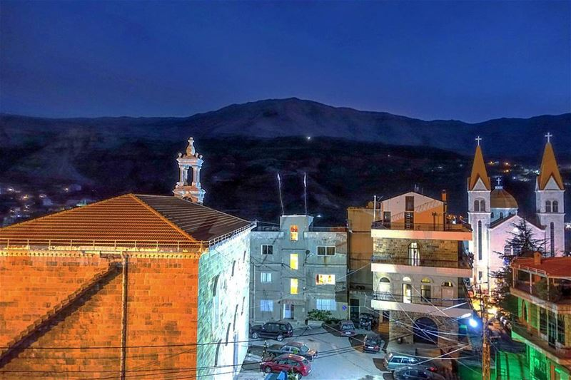 Goodnight Bcharre throwback lebanon livelovebeirut lebanonbyalocal ... (Bcharri, Liban-Nord, Lebanon)