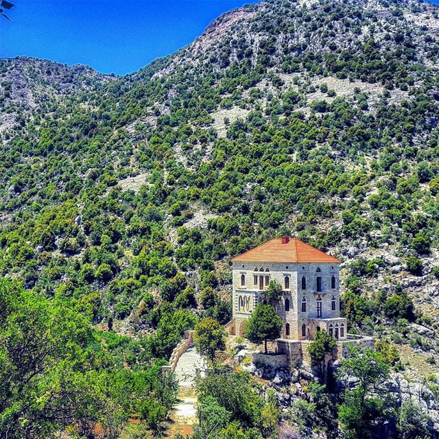 The house sitting here is actually on a small altitude of rocks. Lebanon ... (Jered Tannourine)