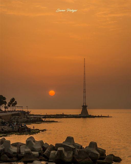 🍊.Beirut... sunsets Lebanon sunlight Lebanese sunrays ...