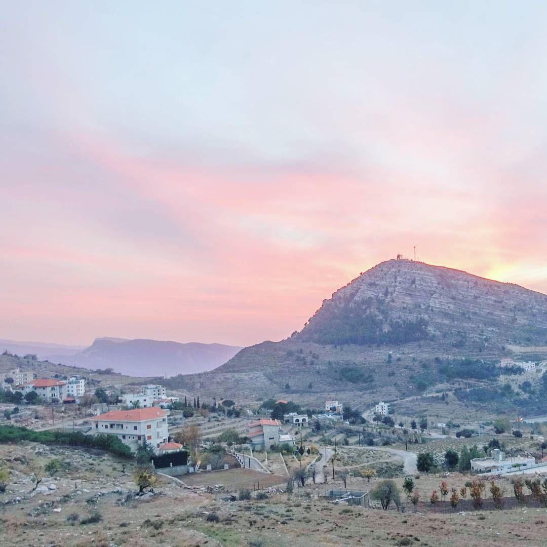 Sunset near Ehden throwback lebanon livelovebeirut lebanonbyalocal ... (Ehden, Lebanon)