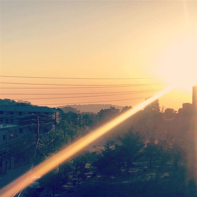 Sunset 🌅 😎 onlyfiliban sawfar lebanon beirut sunset mountains ... (Sawfar, Mont-Liban, Lebanon)