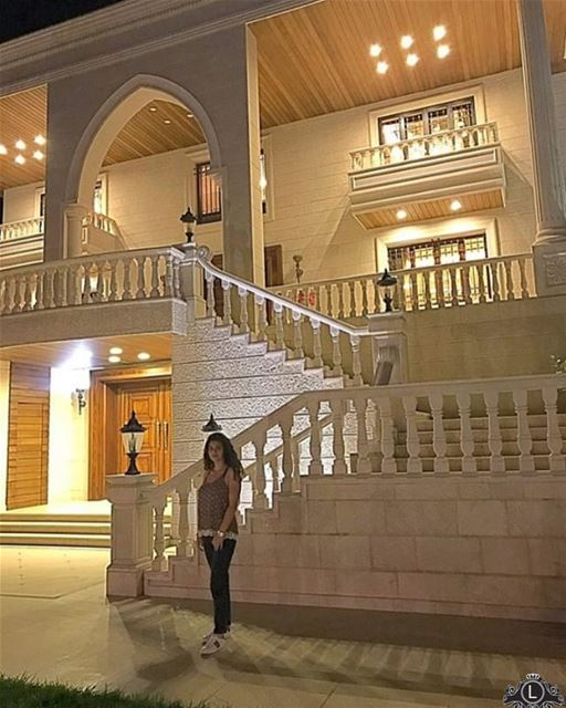 Have a peaceful night! 🌃 @cynthiahanna_ 📸💸 Lebanese Lebanon Luxury... (Zahlé, Lebanon)
