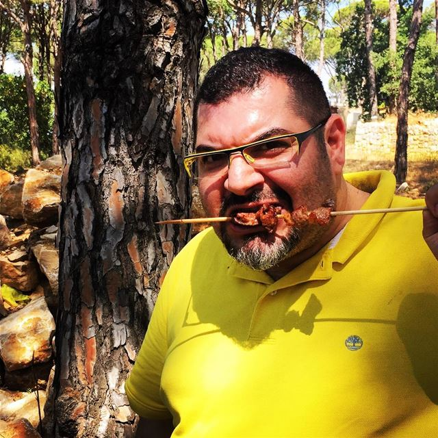me myself selfie abouja2ra picnic nature eating food grilled ... (دير القديسة فيرونيكا جولياني- القصيبة المتن)