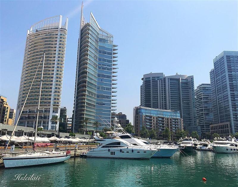 Beautiful sunny Sunday ❤️ wearelebanon bestofleb lebanontimes ... (Zaitunay Bay)