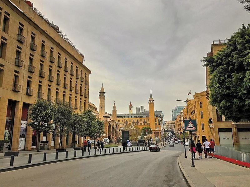 Have a wonderful Sunday peeps🚶🏻• beiruting beirut lebanon ... (Downtown Beirut)