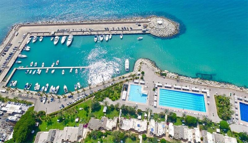 From the sky 🏄 halat  jbeil  lebanon  seaside  lebanonshots ... (Halat Sur Mer)