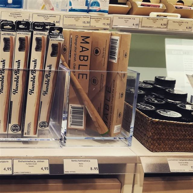 Here's a look at what didn't go into our bag! An eco bamboo toothbrush... (Ruohonjuuri)