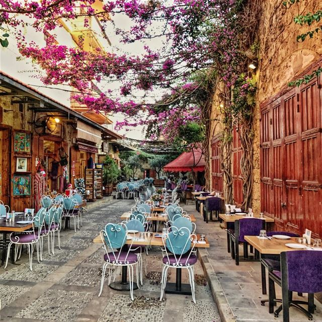 café edde livelovebyblos byblos views photographer bestpicture ... (EddéYard Byblos)
