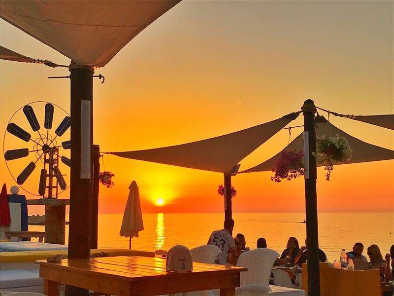 sunday sunset chezfouad anfeh alkoura sea seafood localfood ... (Chez Fouad)