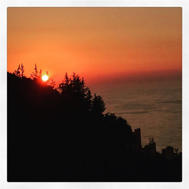 sunset lebanon ... (Bqennâya, Mont-Liban, Lebanon)