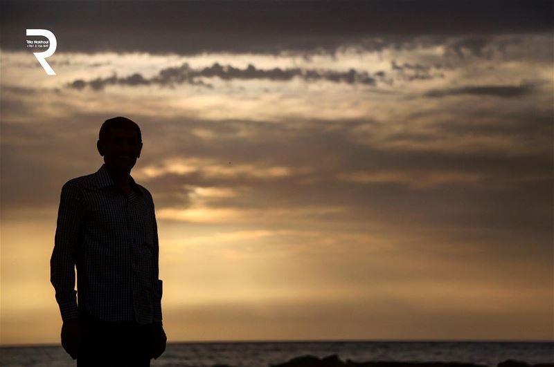 Something Beautiful is on the horizon....🌅 WorldCaptures ...