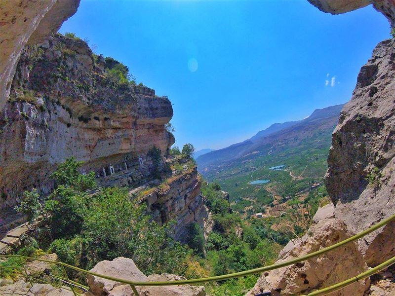 جنّات ع مدّ النظر ما بينشبع منها نظر... mountains topview gopro ...