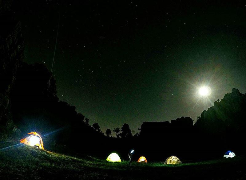 Let's sleep under the stars ⛺⛺ lovecamping livelovecamp @wildernessleban