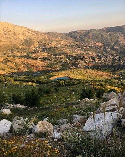 Sannine Foothill sannine mountsannine baskinta kesrouan mountlebanon ... (Baskinta, Lebanon)