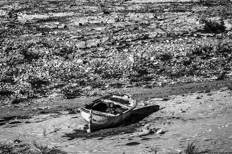 nikon boat Lebanon d7100 snow blackandwhite bw dry winter ...