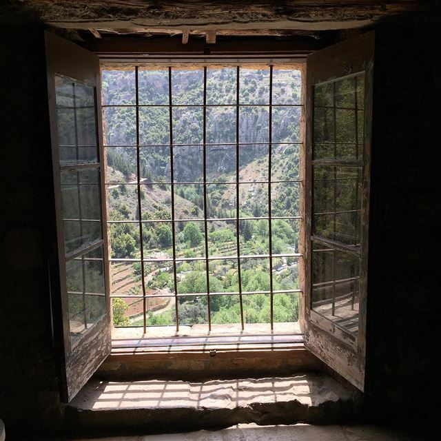 There's a world out there. Open a window, and it's here. Nature Outside ... (Bcharreh, Liban-Nord, Lebanon)