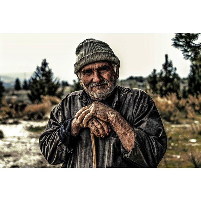 سمرا تجاعيدن.. ومعتّق نبيدن © Milad lamaa | details portrait contrast ...