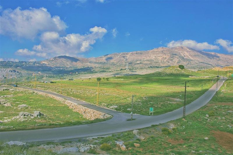 'do not expect good directions if u have never made the journey...''''... (Qanat Bakish, Mont-Liban, Lebanon)