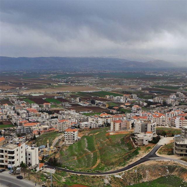 Zahle. zahle zahleh lebanon view mountains photoshoot photobooth instapic... (Zahlé, Lebanon)