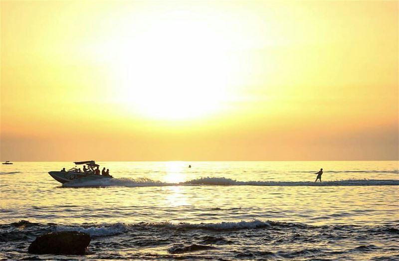 batroun watersports waterski sunset sea batrounbeach batrouncoast ... (Batroûn)