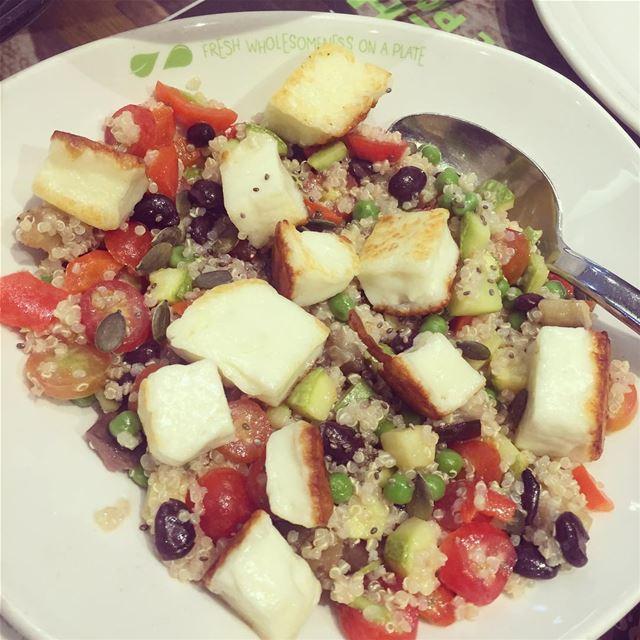 Quinoa Salad for dinner 👍Quinoa is rich in Iron & proteins . quinoa ...