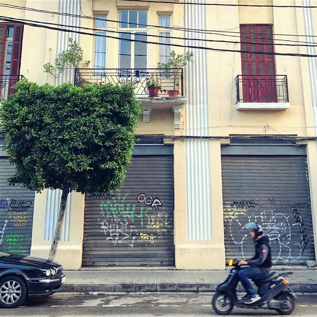Drive by🛵 Lebanon tb travel travelgram traveler wanderlust... (Mar Mikhael-Armenia The Street)