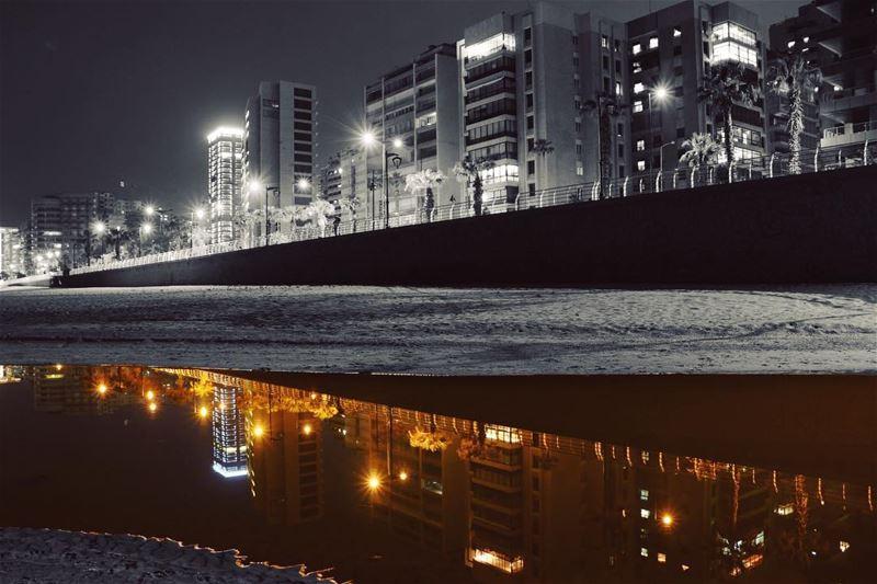 b e i r u t 🇱🇧 🌃✨.... night nightphotography nightshot landscape... (Beirut, Lebanon)