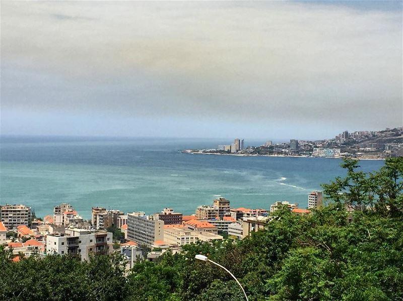 Beautiful view 🌺⛅️ a7labaladbil3alam photo love photograph ... (Joünié)