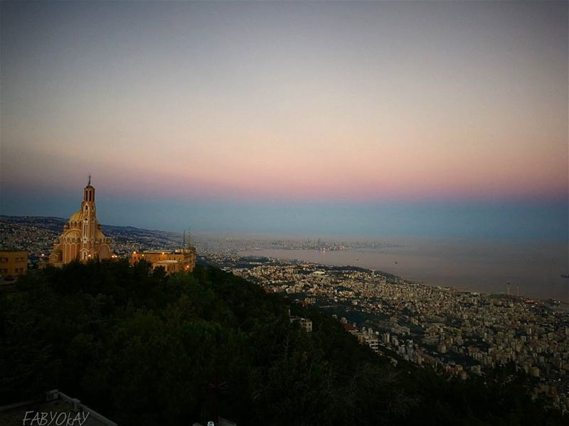 Wishing you a wonderful Sunday and a peaceful weekend from harissa at 5:0 (Harîssa, Mont-Liban, Lebanon)