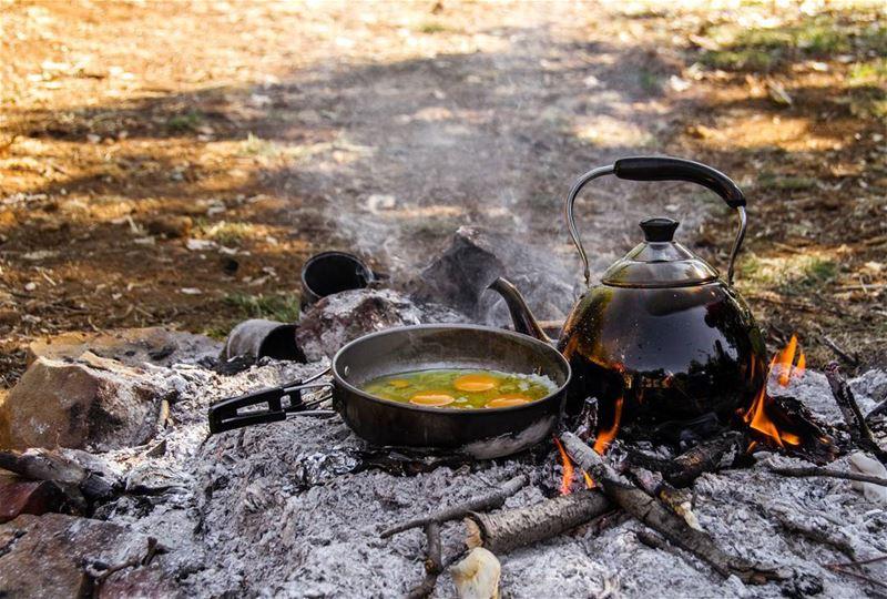 🍳🍵⛺..... camping camp breakfast food instafood coffee tea eggs...