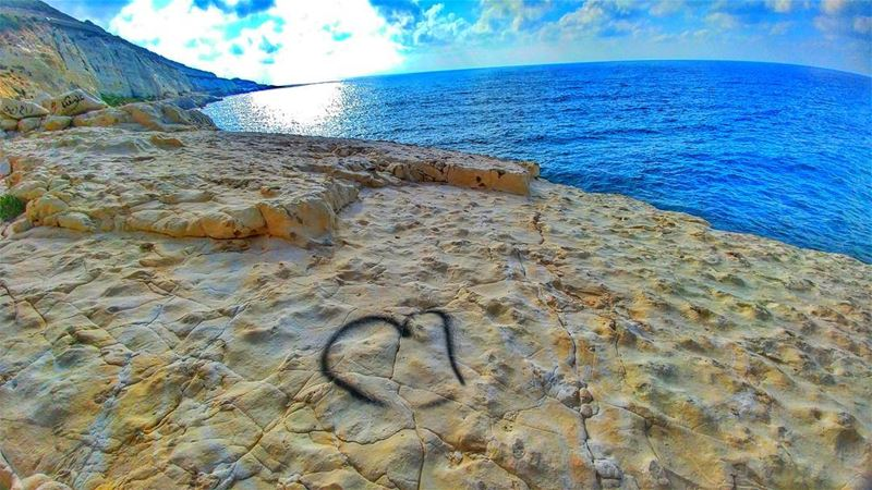From Naqoura with love ❤........ livelovenaqoura livelovetyre ... (Naqoura)