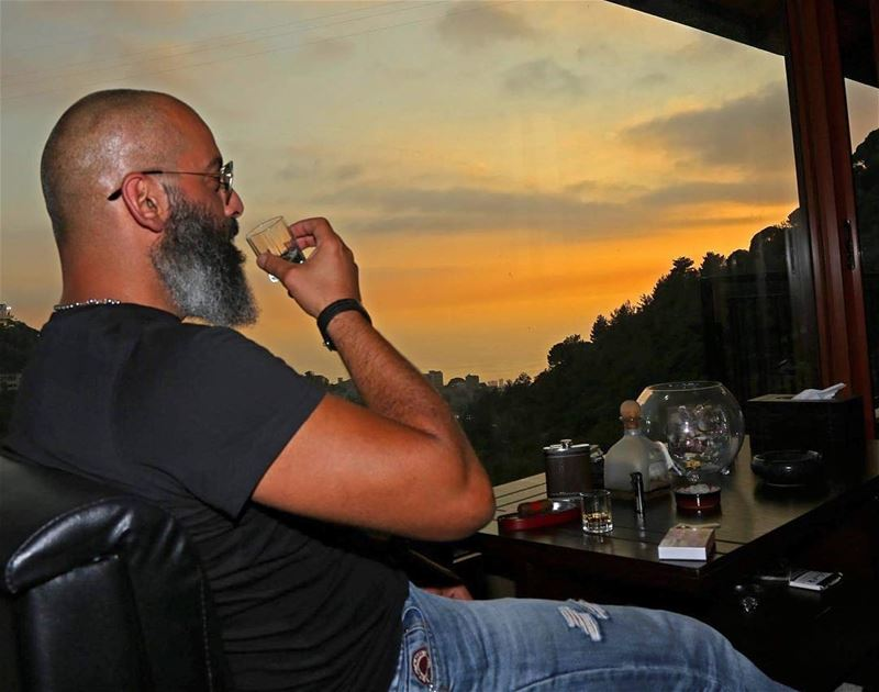 Just relax and... live 🥃 photo credit @joemoarkech  me  view  sunset ...