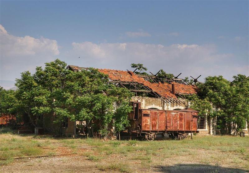 I stood there heartbroken 💔 🚂 trainstation abandonedplaces lebanon ... (Rayak, Béqaa, Lebanon)