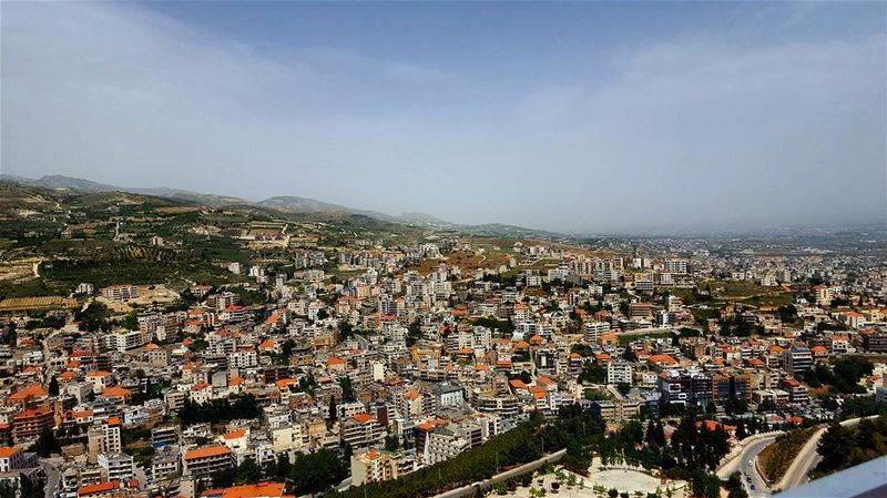 ...زحله 🌞 sergesarkisphotography photography canon canonphotography ... (Zahlé, Lebanon)