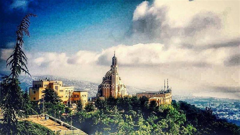 harissa harisachurch lebanon_hdr lebanon lebanese church live love ... (Harisa, Mont-Liban, Lebanon)