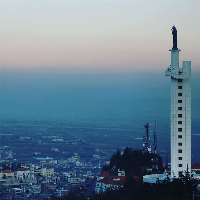 Let's have a look over Zahlé !! Zahle Lebanon lebanon961 lebanoninsta ...