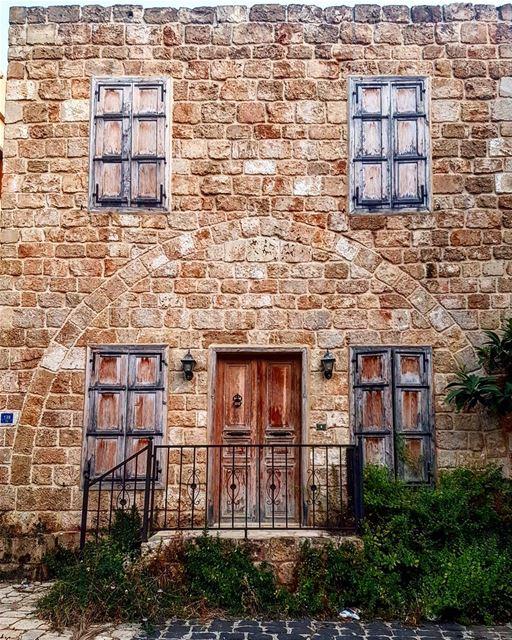 batroun oldhouse oldlebanesehouses oldlebanon oldsoukbatroun ... (Batroûn)