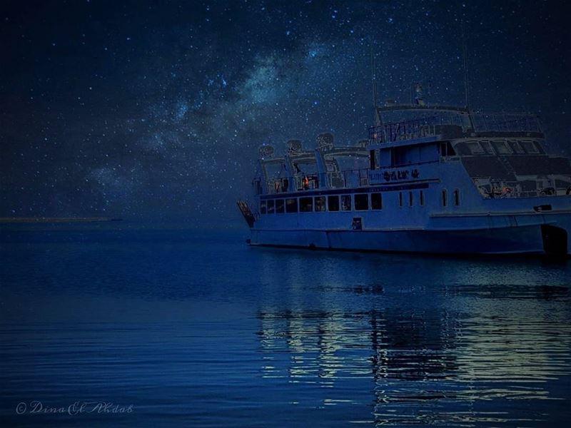 """""""Celui qui s'oriente sur l'étoile ne se retourne pas."""" De Léonard de Vinci... (El Mîna, Liban-Nord, Lebanon)"""