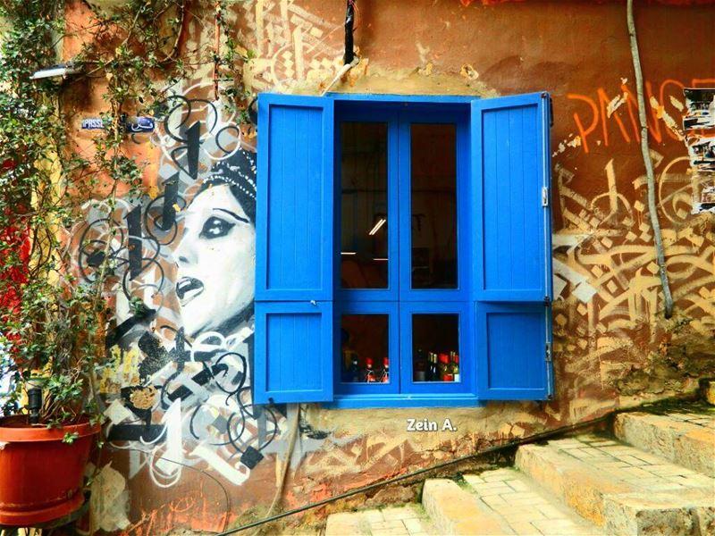 fairouz wall drawing gemmayze art window good amazing beautiful ... (جميزة-Gemmayza)