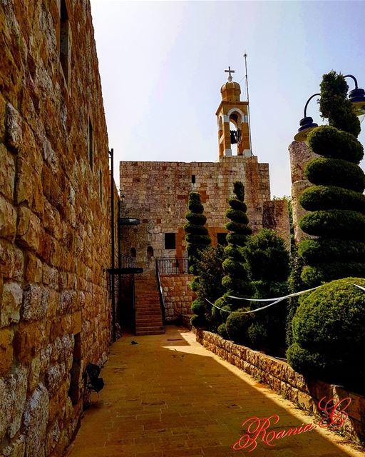 deirlkalaa ... (Beit Meri, Mont-Liban, Lebanon)