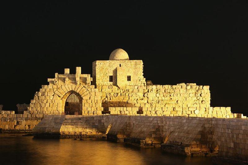 🌃✨.... night nightphotography nightshot landscape... (Saïda, Al Janub, Lebanon)